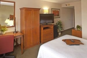 A handicap accessible Pigeon Forge hotel suite.